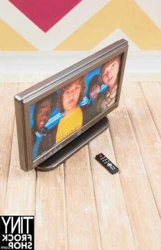 """Barbie 3.25"""" TV with Remote!"""